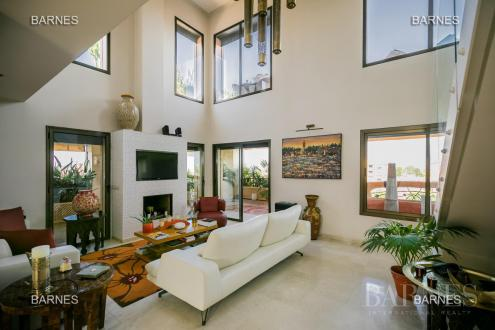 Квартира класса люкс на продажу  Марракеш, 300 м², 3 Спальни, 1100000€