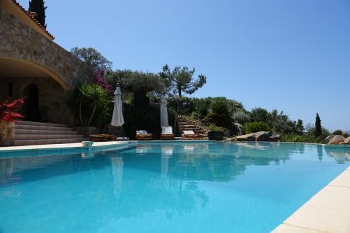 Luxus-Liegenschaft zu verkaufen SAINTE LUCIE DE PORTO VECCHIO, 280 m², 5 Schlafzimmer