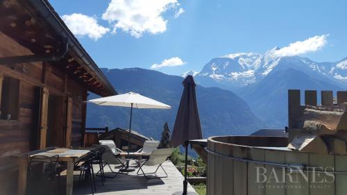 Luxury Chalet for sale SAINT GERVAIS LES BAINS, 272 m², 6 Bedrooms, €1880000