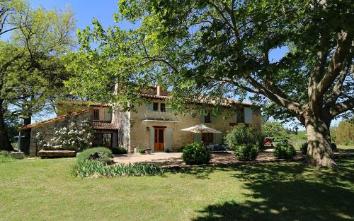 Luxury House for sale ARLES, 300 m², 5 Bedrooms, € 1 380 000