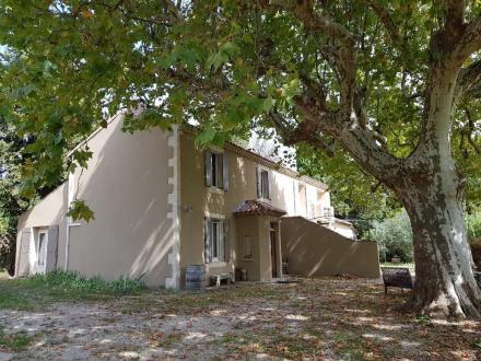 Maison de luxe à vendre SAINT REMY DE PROVENCE, 200 m², 3 Chambres, 895000€
