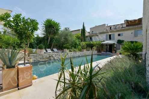Maison de luxe à vendre NIMES, 630 m², 7 Chambres