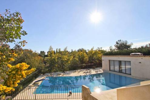 Maison de luxe à vendre CANNES, 235 m², 5 Chambres