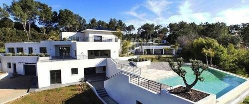 Propriété de luxe à vendre MOUGINS, 680 m², 9 Chambres