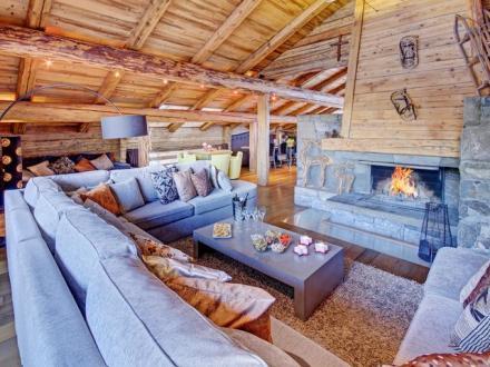 Casale di lusso in affito LA CLUSAZ, 380 m², 8 Camere,