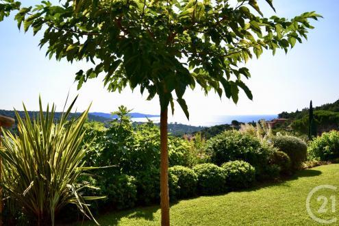 Maison de luxe à vendre CAVALAIRE SUR MER, 220 m², 4 Chambres, 1290000€