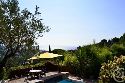 Luxury House for sale CAVALAIRE SUR MER, 220 m², 4 Bedrooms, €1290000