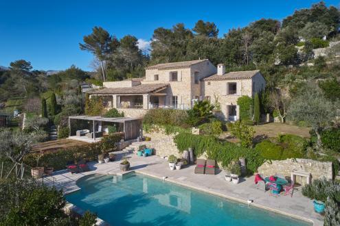 Proprietà di lusso in vendita LA COLLE SUR LOUP, 364 m², 5 Camere