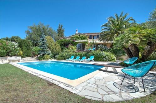 Luxus-Haus zu verkaufen FREJUS, 250 m², 5 Schlafzimmer, 884000€
