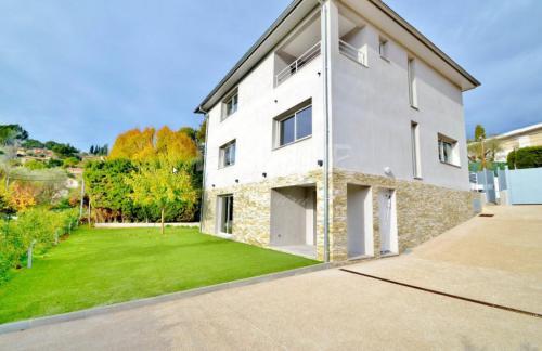 Villa de luxe à vendre MOUGINS, 160 m², 4 Chambres