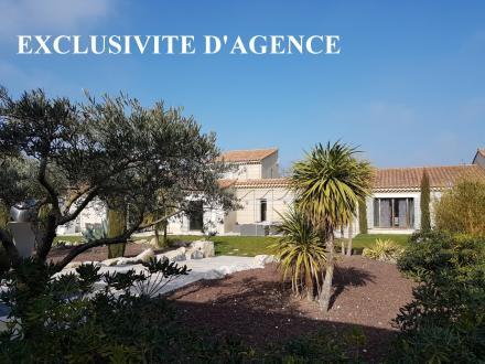 Maison de luxe à vendre EYGALIERES, 500 m², 11 Chambres, 2700000€