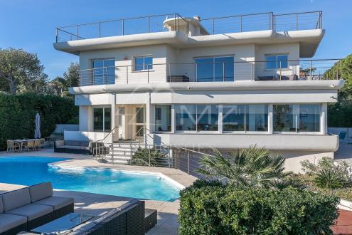 Villa de luxe à vendre CAP D'ANTIBES, 280 m², 7 Chambres