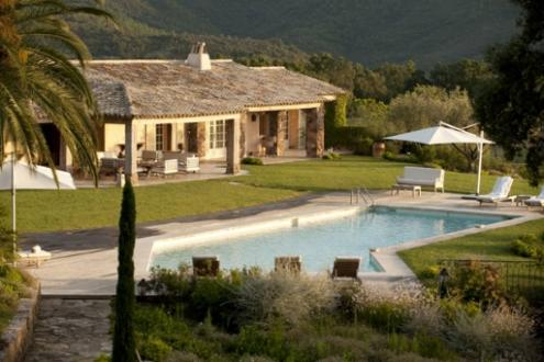 Luxury House for rent FREJUS, 500 m², 7 Bedrooms,
