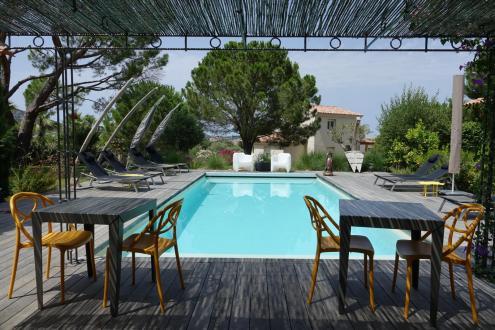 Propriété de luxe à vendre CALVI, 220 m², 6 Chambres