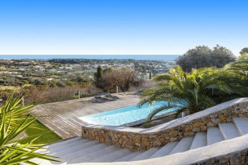 Luxe Villa te koop LE GOLFE JUAN, 295 m², 1860000€