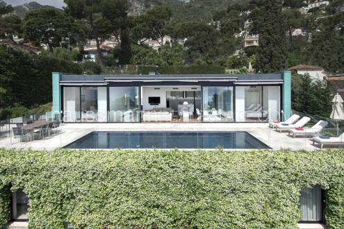 Maison de luxe à louer EZE, 250 m², 5 Chambres
