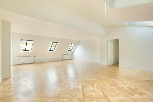 Appartement de luxe à louer PARIS 8E, 158 m², 4 Chambres, 4880€/mois