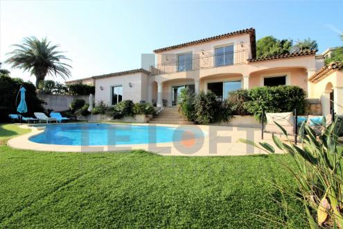 Maison de luxe à vendre SAINT AYGULF, 175 m², 3 Chambres, 1197000€