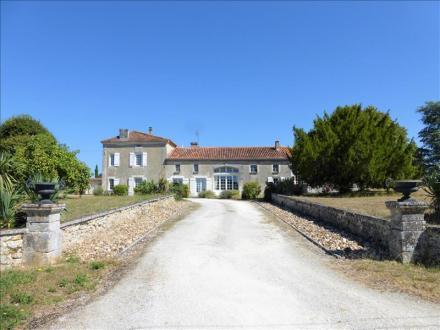 Maison de luxe à vendre CHERVAL, 497 m², 9 Chambres, 574750€