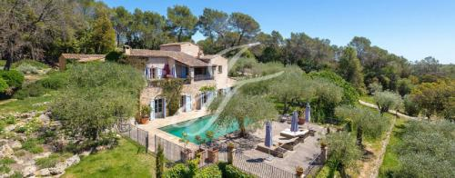 Maison de luxe à vendre OPIO, 300 m², 6 Chambres