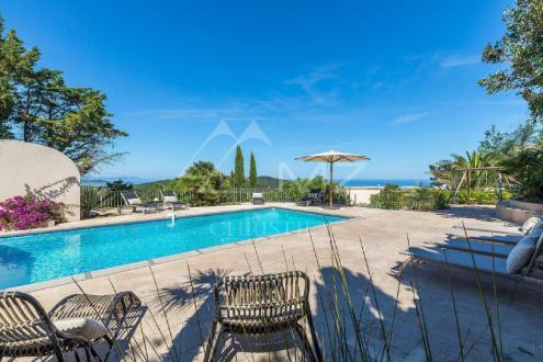 Maison de luxe à louer RAMATUELLE, 270 m², 6 Chambres