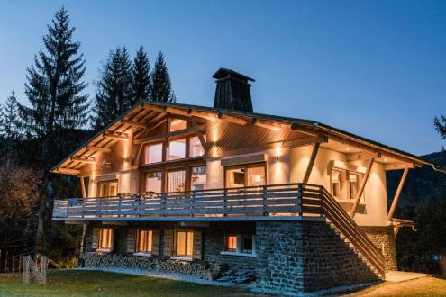 Luxury Chalet for rent MEGEVE, 230 m², 5 Bedrooms