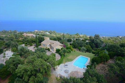 Luxury Property for sale SOLENZARA, 210 m², 5 Bedrooms
