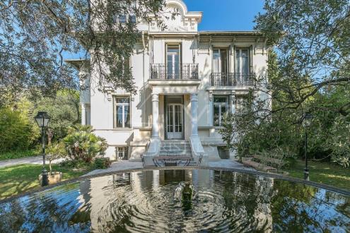 Maison de luxe à vendre NICE, 335 m², 7 Chambres