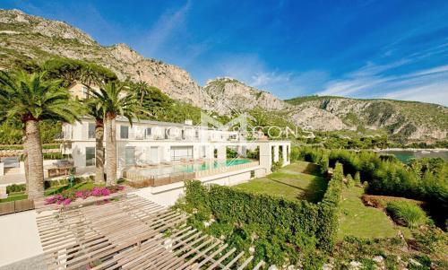 Villa de luxe à vendre EZE, 1000 m², 11 Chambres, 28000000€