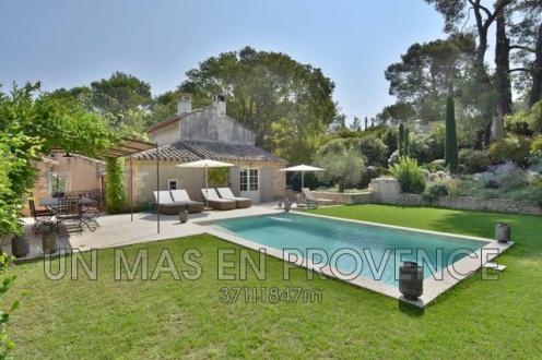 Casa di lusso in affito SAINT REMY DE PROVENCE, 4 Camere,