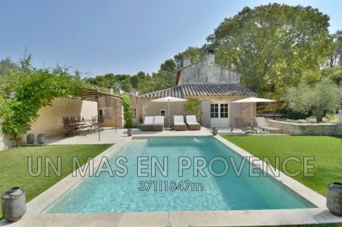 Casa di lusso in affito SAINT REMY DE PROVENCE, 4 Camere