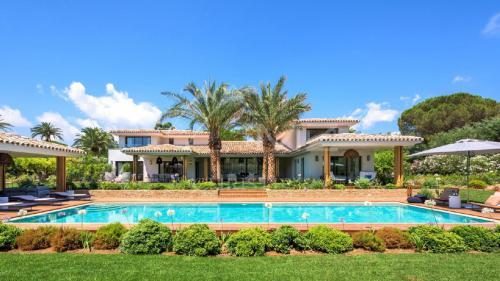 Maison de luxe à vendre SAINT TROPEZ, 474 m², 7 Chambres