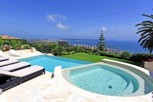 Дом класса люкс на продажу  Ле-Жольф-Жуан, 378 м², 6 Спальни, 3500000€