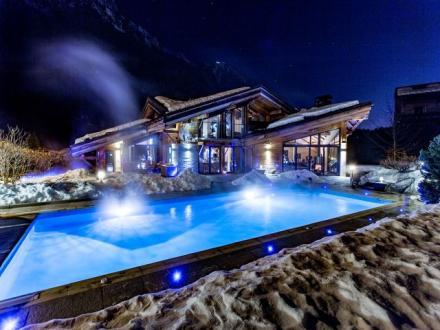 Chalet de luxe à louer CHAMONIX MONT BLANC, 550 m², 5 Chambres,