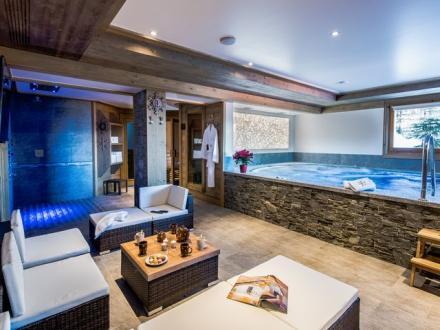 Chalet de luxe à louer LA PLAGNE, 550 m², 6 Chambres,