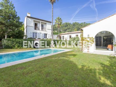 Luxus-Villa zu verkaufen LA COLLE SUR LOUP, 314 m², 3 Schlafzimmer, 2500000€