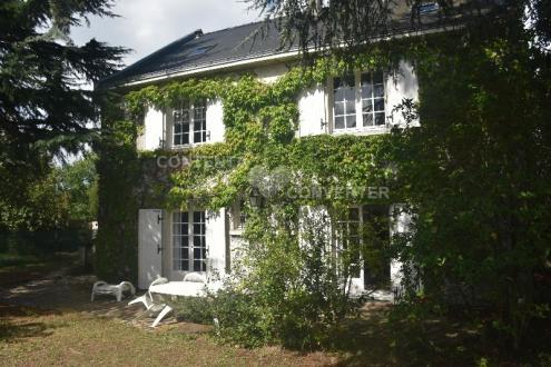 Maison de luxe à louer NANTES, 230 m², 4 Chambres