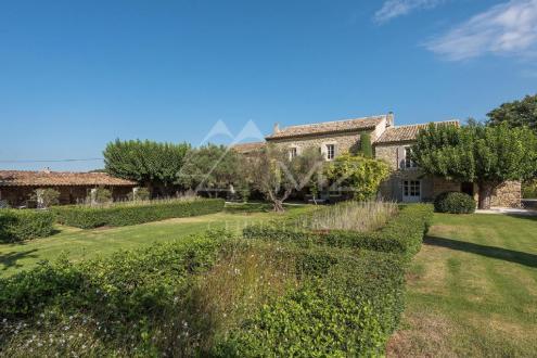 Luxury House for rent GORDES, 500 m², 7 Bedrooms,