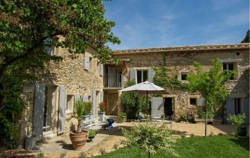Luxury Farm for sale OPPEDE, 273 m², 5 Bedrooms, €895000