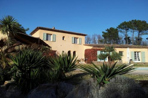 Villa de luxe à vendre GASSIN, 195 m², 5 Chambres, 1380000€