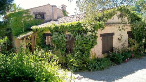 Luxus-Villa zu verkaufen MOUGINS, 450 m², 4 Schlafzimmer, 2500000€