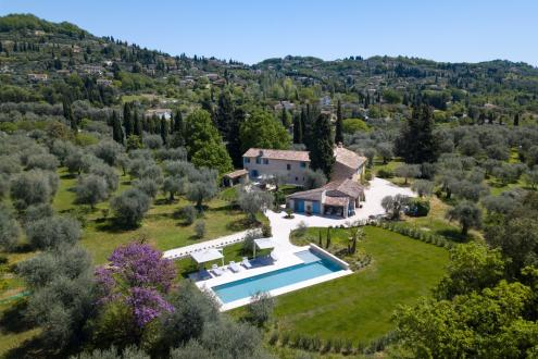 Luxury House for rent VALBONNE, 200 m², 3 Bedrooms