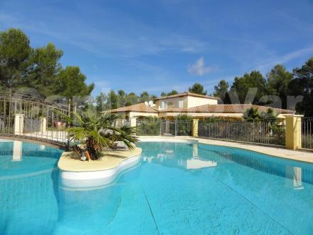 Luxury House for sale SIGNES, 270 m², 6 Bedrooms, € 995 000