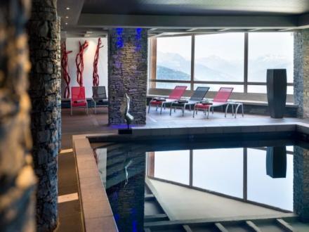Maison de luxe à louer MONTVALEZAN, 100 m², 4 Chambres,