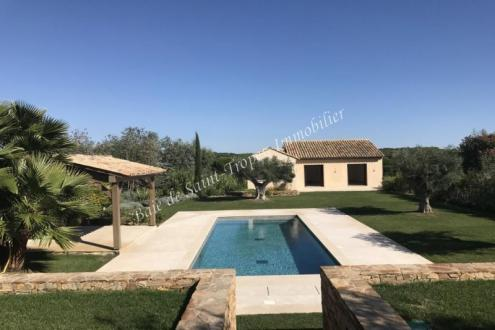 Villa de luxe à vendre SAINT TROPEZ, 250 m², 5 Chambres