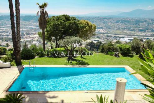 Вилла класса люкс на продажу  Ницца, 589 м², 4 Спальни, 2130000€