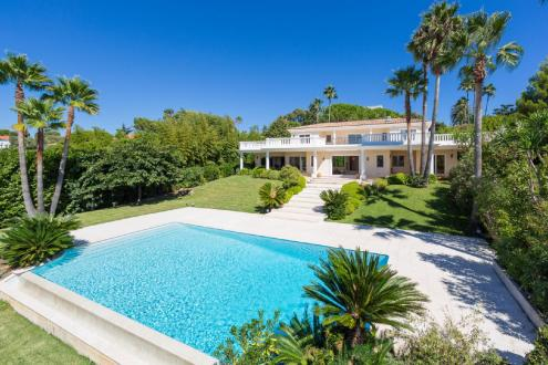 Luxury House for rent CAP D'ANTIBES, 300 m², 4 Bedrooms,