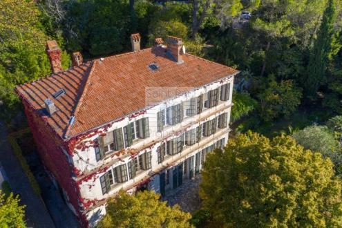 Villa de luxe à vendre GRASSE, 350 m², 8 Chambres