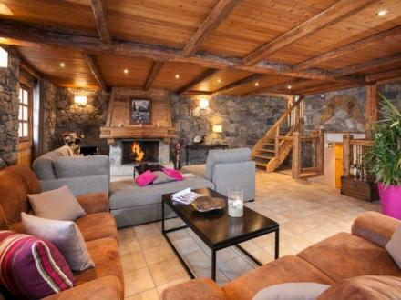 Maison de luxe à louer MERIBEL LES ALLUES, 500 m², 8 Chambres,