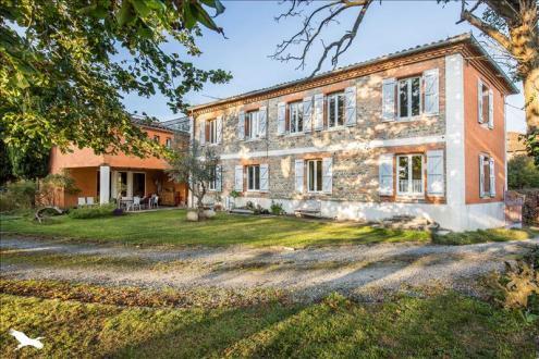 Casa di lusso in vendita SALLES SUR GARONNE, 315 m², 5 Camere, 627000€